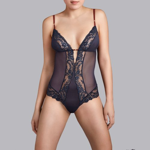 Andres Sarda - body Front