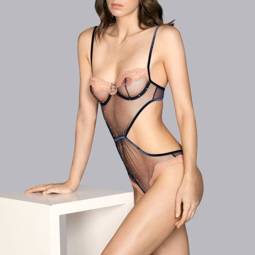 Andres Sarda - GIOTTO - body Front4
