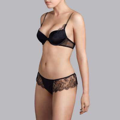 Andres Sarda - push-up bra