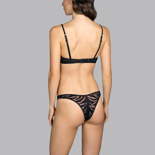 Andres Sarda - WILD - Push-up Front4