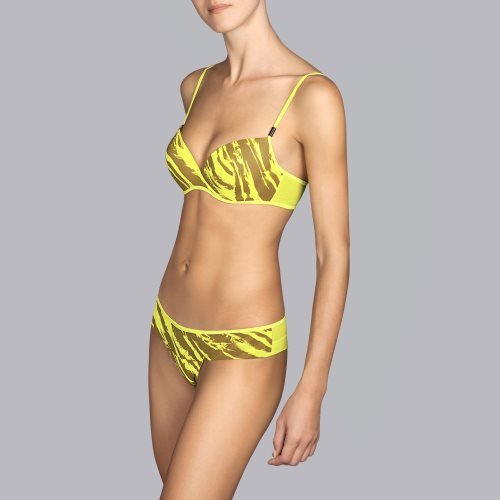 Andres Sarda - Curaçao - thong Front3